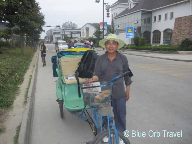 Pedicab in Tongli, China