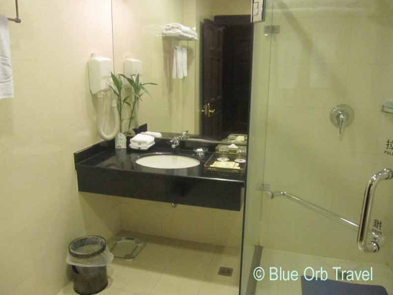 Elegant Bathroom at the Astor House Hotel